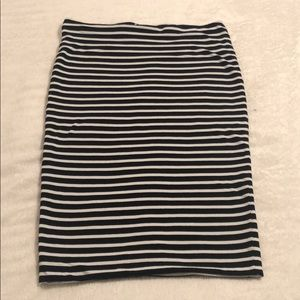 H&M Stripped Pencil Skirt
